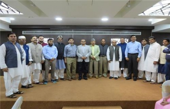 Ambassador was the Chief Guest at Iftar, hosted by Jamia Milia Islamia University Alumni in Oman on 2nd June 2017.