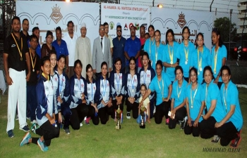 Ambassador was Chief Guest at Prize Distribution Ceremony of 71st Independence Day Cricket Cup 2017