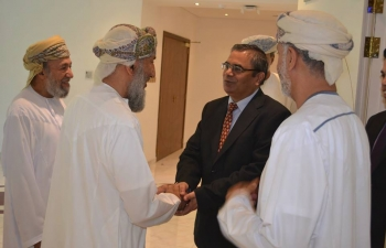 Ambassador visited Al- Rawahy Complex, the HQ of Al- Rawahy Holdings LLC, to meet its leaders.