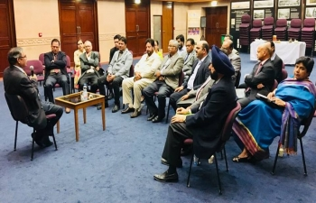 Ambassador addressed the second meeting of Business Representatives of various Linguistic Wings of Indian Social Club, Muscat. He invited them to work with businesspersons and professionals from within their Wings towards enhancing India- Oman trade and investment relations.