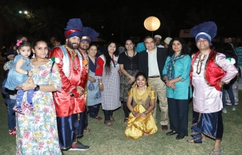 The Embassy participated in 3rd International Food Festival, which was organized by Dar Al Atta Society in collaboration with various Embassies, on Saturday 10th March 2018. A large number of people, including expatriates, enjoyed a variety of food on offer at various food stalls, including Indian food stalls, as well as cultural performances put up by Omani as well as expatriate, including Indian, dance and music groups. All the funds generated from sale of food items went directly to Dar Al Atta.