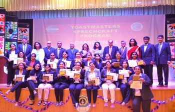 Mrs Sushma Pandey, wife of Ambassador, was invited as Chief Guest to Toastmasters Speechcraft Program (For Ladies), which was organized by Muscat Gujarati Samaj, in association with Morison Muscat Toastmasters Club on Friday 27th April 2018 at Indian School Wadi Kabir, Multipurpose Hall.