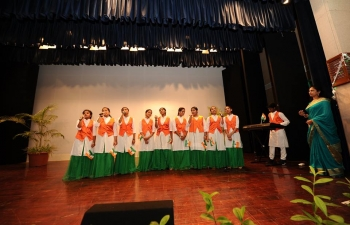 Embassy of India, Muscat, celebrated 72nd Independence Day of India, in presence of about 400 members of Indian community in Oman. Charge d' Affaires, Shri Rakesh Adlakha, hoisted the Indian flag and read out the address of the President of India to the nation.