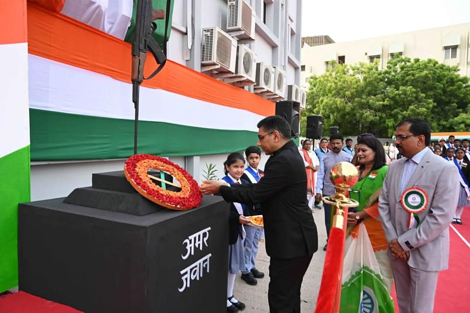 Ambassador Munu Mahawar attended the 73rd Independence Day celebrations at Indian School Darsait as Chief Guest.-