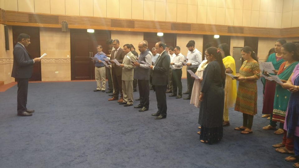 Ambassador administered the integrity pledge to all the officers and staff if the Embassy on the occasion of Vigilance Awareness Week.