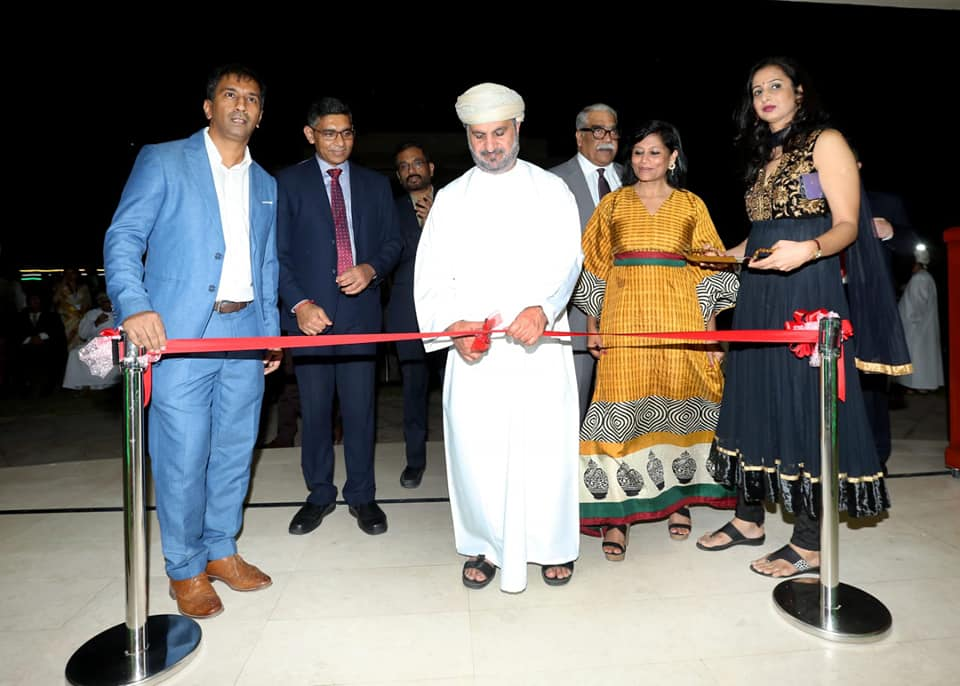 Gratitude through Art and Color! Embassy of India in association with Rangrez Group of Indian Social Club, Oman organized an Art Exhibition to commemorate India - Oman relations on the occasion of 49th National Day of Oman.
